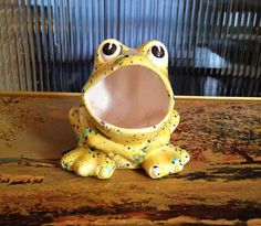 Vintage Seventies Ceramic Yellow Frog Soap or by SpaceModyssey