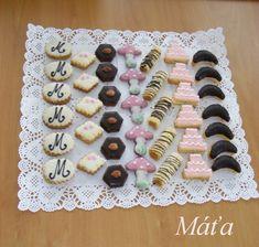 Klikni pro originální velikost obrázku Italian Cookie Recipes, Italian Cookies, Homemade Cake Recipes, Sugar Cookies, Sweet Tooth, Sweets, Decorating, Baking, Biscuits