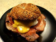 Krásné recepty od Aničky: Vejce Benedikt Eggs, Beef, Breakfast, Food, Meat, Breakfast Cafe, Egg, Essen, Ox