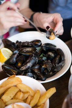 Mmmm.. mussels.  Have a plate (or two) at the Winding Stair in Dublin's Fair City.