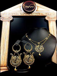 """""""Voltumna"""", Collier e orecchini in oro 18 Kt. Handmade, Limited Edition."""
