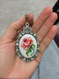 This Pin was discovered by Özg Hardanger Embroidery, Rose Embroidery, Hand Embroidery Stitches, Embroidery Jewelry, Silk Ribbon Embroidery, Cross Stitch Embroidery, Embroidery Patterns, Mini Cross Stitch, Cross Stitch Flowers