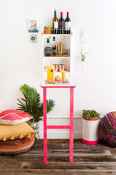 How to make the cutest little bar!