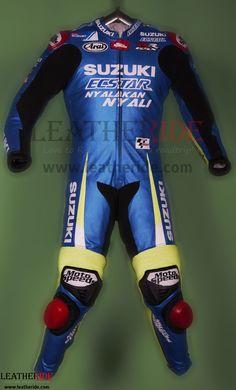 Suzuki MotoGP 2016 Maverick Vinales Race Suit Maverick Vinales wore the especially designed race suit in MotoGP 2016 race when he race with The official Suzuki Team riders   http://leatheride.com/suzuki-motogp-2016-maverick-vinales-race-suit/  #MaverickViñales, #RaceSuit, #SuzukiMotoGP2016 #RaceSuits