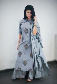 Beautiful Hand Block print. Pakistani Dresses, Indian Dresses, Indian Outfits, Anarkali Dress, Indian Attire, Indian Wear, Kurta Neck Design, Indian Designer Suits, Kurta Designs Women