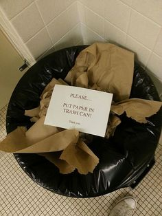 44 Incredibly Funny Pictures That Will Make You Smile - This person follows directions a little too closely.
