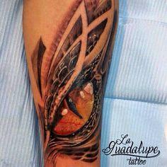Ojo de Smaug by Tatuajes Ioné Lledó #Tattoo #LaGuadalupeTattoo