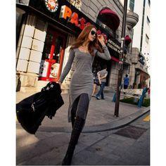 Vestido Urban Vestido com fenda longo em tecido Cotton com manga longa em linda estampa lisa R$ 48,90 #vestidolongocotton #vestidolongo #vestidomangalonga #vestidofenda #vestidomalha #vestidocasual #lojaoziris #moda #modafeminina