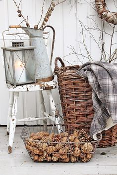 ♥ A fall vignette showing *all shades of white*...