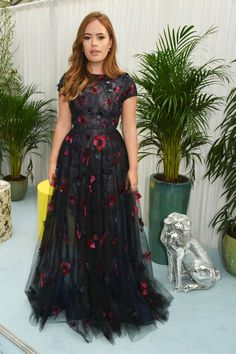 All The Best Dressed Stars At The 2016 Glamour Awards