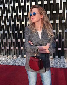 Жакет в клетку с джинсами / plaid women jacket / how to wear / ideas / oufits / looks / chloe bag / rayban sunglusses