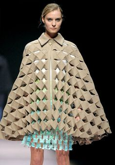 Origami/kirigami fashion