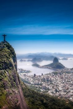 Brasil - Rio de Janeiro. #whereculturehappens #travel #takemethere  A travel board all about Rio de Janeiro Brazil. Includes Rio de Janeiro beaches, Rio de Janeiro Carnival, Rio de Janeiro sunset, things to do in Rio de Janeiro, Rio de Janeiro Copacabana and much more. -- Have a look at http://www.travelerguides.net