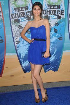 Victoria Justice Photos - Teen Choice Awards 2010 - Zimbio