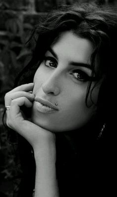 RIP Emy Winehouse!!