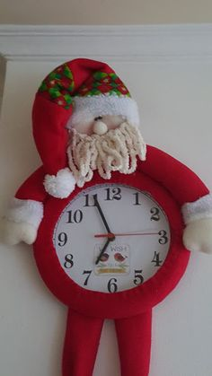 Christmas Decorations, Christmas Ornaments, Holiday Decor, Snowman Crafts, Santa, Clock, Home Decor, Bb, Christmas Things