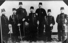 Mehmet Arsun,Atatürk ve arkadan ilk kişi dedem İhsan KURTKAN.
