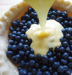 Blueberries and Cream Pie
