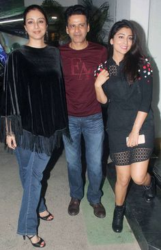 Manoj Bajpayee and Rajkummar Rao were joined by Bollywood celebrities for the screening of their upcoming film Aligarh. From Tabu to Shriya Saran to Anurag Kashyap, many made their way to cheer the team of Aligarh. Bollywood Celebrities, Bollywood Fashion, Bollywood Actress, Beauty Style, Fashion Beauty, Indian Actresses, Actors & Actresses, Indian Heritage, Exotic Women