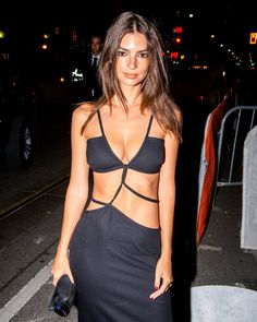 Sexy Outfits, Sexy Dresses, Runway Fashion, Girl Fashion, Emily Ratajkowski Style, Christopher Esber, Tie Dress, Ideias Fashion, Celebrity Style