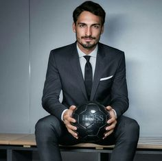 Hugo Boss, Business Casual Men, Men Casual, Soccer Senior Pictures, Mats Hummels, Dfb Team, Fc Bayern Munich, Famous Men, Instagram Girls