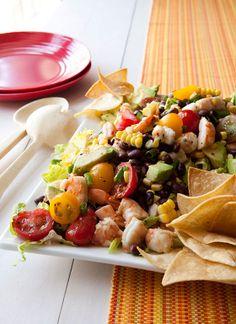 Easy dinner idea: Black Bean, Corn and Shrimp Salad recipe LX Shrimp Salad Recipes, Seafood Recipes, Dinner Recipes, Cooking Recipes, Healthy Recipes, Summer Salads, Soup And Salad, The Best, Good Food