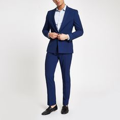 Shop our new Bright blue stretch slim fit suit jacket at River Island today. Street Fashion Tumblr, Bright Blue Suit, New Mens Suits, Cheap Mens Fashion, Slim Fit Suits, 3 Piece Suits, Trouser Suits, Clothes, Suit Jackets