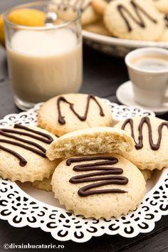 Foodies, Biscuits, Deserts, Crack Crackers, Cookies, Biscuit, Postres, Cookie Recipes, Dessert