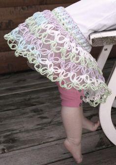 #Crochet Solomon's Knot Baby Skirt pattern