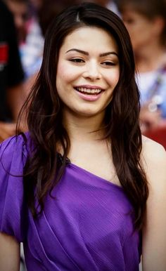 Scarlett Johansson Don Jon, Miranda Cosgrove, Beautiful Smile, Beautiful Ladies, Woman Face, American Actress, Selena Gomez, Cute Girls, Celebs