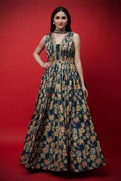 Teen Fashion Outfits, Fashion Dresses, Floor Length Anarkali, Pleated Maxi, Indian Designer Wear, Blouse Designs, Designer Dresses, Floral Prints, Formal Dresses
