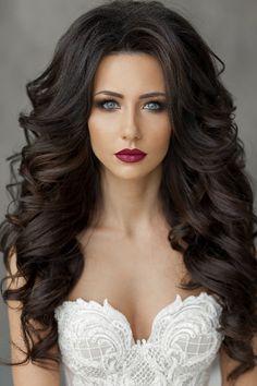 Makeup and hair Curly Wedding Hair, Wedding Hair And Makeup, Bridal Hair, Hair Makeup, Curled Hairstyles, Bride Hairstyles, Pretty Hairstyles, Beautiful Long Hair, Gorgeous Hair