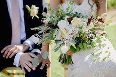 Photo from Siiri + Pambo collection by Pedro Vilela Vineyard Wedding, Bride Bouquets, Destination Wedding, Wedding Flowers, Table Decorations, Beautiful, Bridal Bouquets, Destination Weddings, Dinner Table Decorations