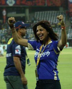 IPL Delhi Daredevils (DD) vs (RR) Rajasthan Royals highlights in images Daredevil, Royals, Highlights, Sports, Image, Fashion, Hs Sports, Moda, La Mode