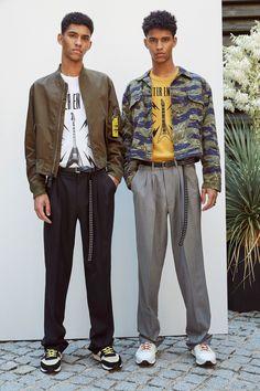 Jan Carlos and Hector Diaz – The Kooples S/S 2018 Presentation Fashion Sale, Fashion 2017, Fashion Brand, Street Fashion, Vogue Paris, Jan Carlos, Modern Mens Fashion, Fashion Men, Fashion Ideas