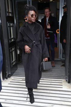 Women S Fashion Over 50 Online Referral: 1345033626 Black Women Fashion, Look Fashion, Fashion Outfits, Womens Fashion, Workwear Fashion, Petite Fashion, Girl Fashion, Girl Outfits, Fall Winter Outfits