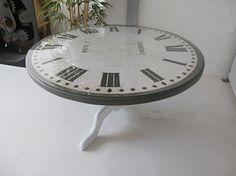 clock table tea
