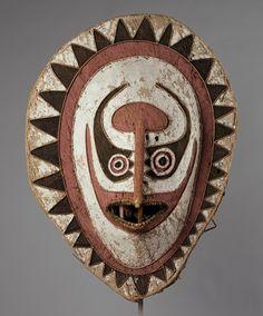 Eharo Mask [Papua New Guinea] (1978.412.725) | Heilbrunn Timeline of Art History | The Metropolitan Museum of Art