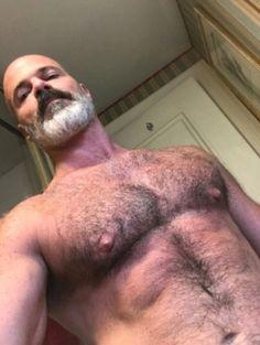 Фото огромный волосатая хуй в эрекцию