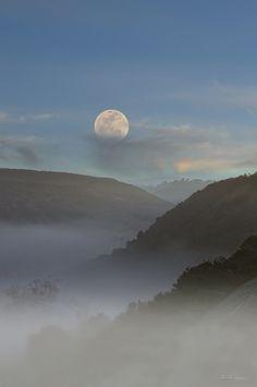 Super+Moon