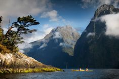 What A Beautiful Day, Beautiful Places, New Zealand South Island, Kayak Adventures, Great Walks, Milford Sound, Go Hiking, Trip Planning, Wonders Of The World