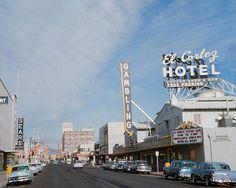 Historic photo of El Cortez Hotel in downtown Las Vegas Nevada, Penthouse For Sale, Penthouse Suite, Atlantic City Casino, San Francisco, Vintage Neon Signs, Las Vegas Homes, Unique Hotels, Vegas Casino