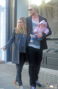 Elsa Pataky and Chris Hemsworth hit the streets of London with India. Luke Hemsworth, Celebrity Couples, Celebrity Photos, Snowwhite And The Huntsman, Elsa Pataky, Handsome Actors, Hair And Beard Styles, Hollywood Stars, Kids Fashion