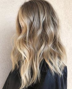 Ombre Hair Color, Hair Color Balayage, Hair Highlights, Natural Blonde Balayage, Natural Balyage, Dark Blonde With Highlights, Natural Blonde Color, Darker Blonde, Blonde Shades