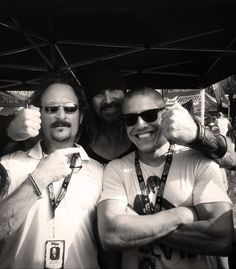 Kim Coates, Rusty Coones, and Theo Rossi hanging out at Mayhem Fest!