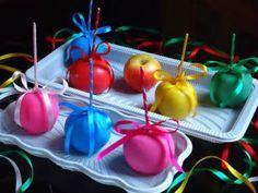 Maçãs coloridas