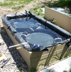 Solar Pond Water Heater -- Construction