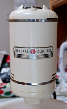 1940s-50s General Electric Mixer - Chromeography