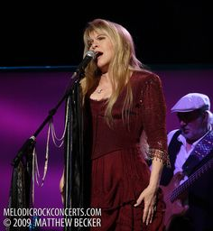 Stevie Nicks with Fleetwood Mac on March 3, 2009   Flickr - Photo Sharing!