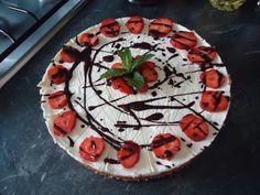 Mascarpone taart met verse aardbeien
